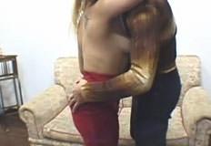 agarrando a loira