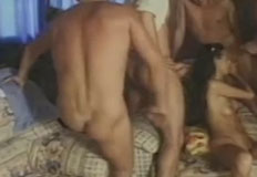 gringa gostosa na orgia